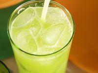 Pear and Broccoli Juice recipe