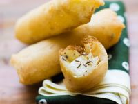 Pear and Cheese Spring Rolls recipe