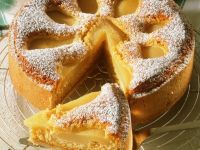 Pear Cake with Almonds