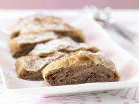 Pear Strudel with Hazelnuts recipe