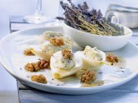 Pears with Roquefort and Walnuts recipe
