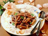 Penne with Chocolate Sauce, Raisins and Mint recipe