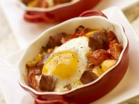 Pepper and Chorizo ​​gratins with Fried Eggs recipe