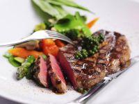 Peppery Rump Steak with Veggies recipe