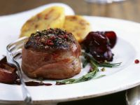Peppery Venison Steaks with Shallots recipe