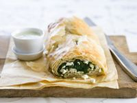 Phyllo Pastry Spinach Roll recipe