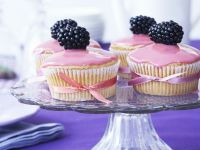 Pink Berry Cakes recipe