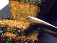 Pistachio Cake with Mandarins