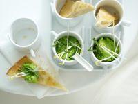 Pita-Ecken mit Erbsen-Dip