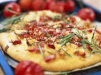 Pizza with Bacon and Herbs recipe