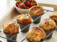 Popovers with Spicy Strawberry Chutney recipe