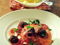 Pork Chops with Onions and Prunes recipe