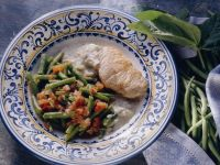 Pork Loin Steaks with Green Beans and Blue Cheese Sauce recipe