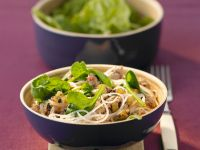 Pork Noodles with Spinach recipe