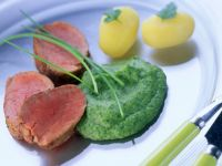 Pork with Spinach Puree recipe