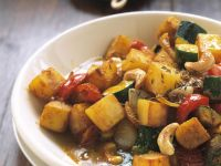 Potato and Cashew Nut Curry recipe