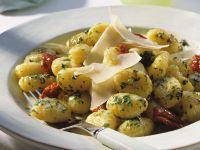 Potato Gnocchi with Sun-Dried Tomatoes recipe