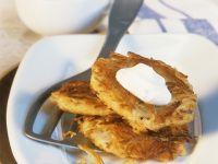 Potato Pancakes with Sour Cream recipe