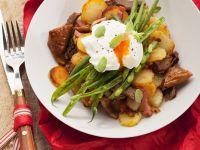 Potato-Pork Pan with Green Beans and Poached Egg recipe