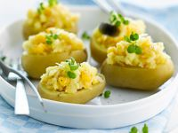 Potatoes Stuffed with Cheddar Cheese recipe