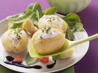 Potatoes with Cottage Cheese and Mixed Green Salad recipe