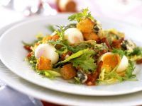Quail Egg and Bacon Salad recipe