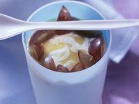 Quark and Applesauce Dessert with Grapes recipe
