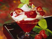 Quark with Strawberry Sauce recipe