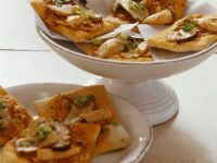 Quick Chicken Pizzas recipe