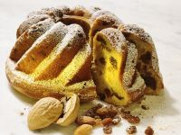 Raisin Walnut Bundt Cake recipe