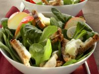 Rapunzel Salad with Gorgonzola Croutons and Apple recipe