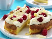 White Choc and Berry Cake recipe