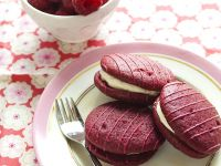 Raspberry Mini Pies with Filling recipe