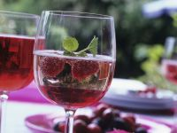 Raspberry Syrup with Sparkling Wine recipe