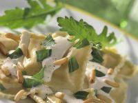 Ravioli with Cheese Sauce recipe