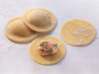 Ravioli with Salmon Filling recipe