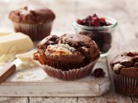Red Berry and Cocoa Cupcakes recipe