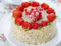 Red Fruit and Almond Gateau recipe