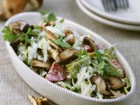 Ribbon Pasta with Mushrooms and Nuts recipe