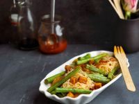 Rice Noodles with Green Beans and Tofu recipe