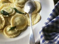 Ricotta and Spinach Ravioli recipe
