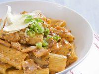 Rigatoni with Ham and Scallions recipe