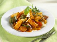 Rigatoni with Tomato Sauce recipe | Eat Smarter USA