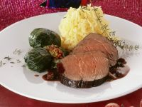 Roast Beef with Pumpernickel Raisin Sauce
