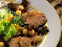 Gourmet Duck with Fruity Accompaniment recipe