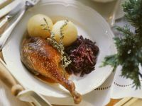 Roast Goose with Dumplings and Red Cabbage recipe