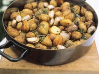 Roasted Potatoes with Garlic recipe