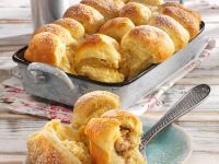 Rolls with Pear Filling recipe