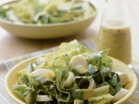 Romaine Salad with Avocado and Hearts of Palm recipe