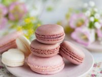 Rose and Blackcurrant Macaroons recipe